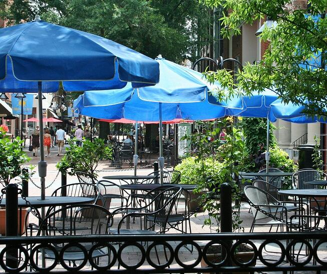 outdoor restaurant seating with shade