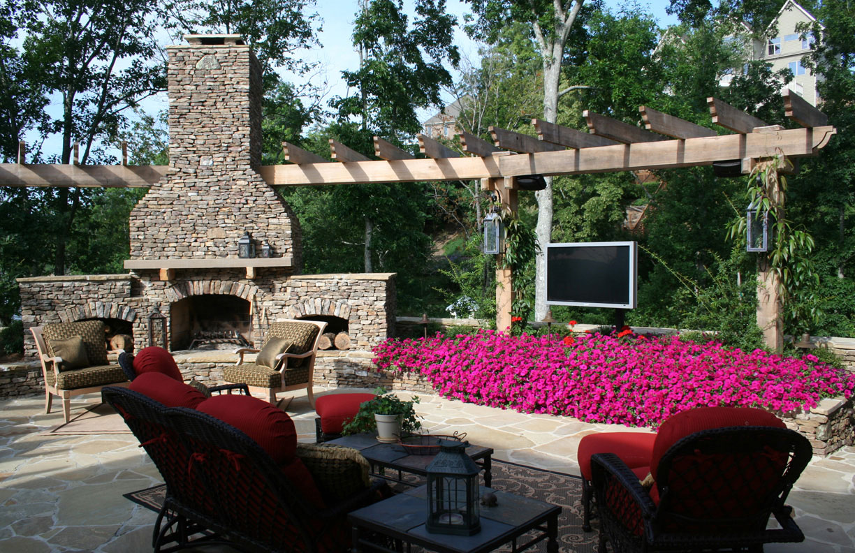 Awesome Outdoor Entertainment