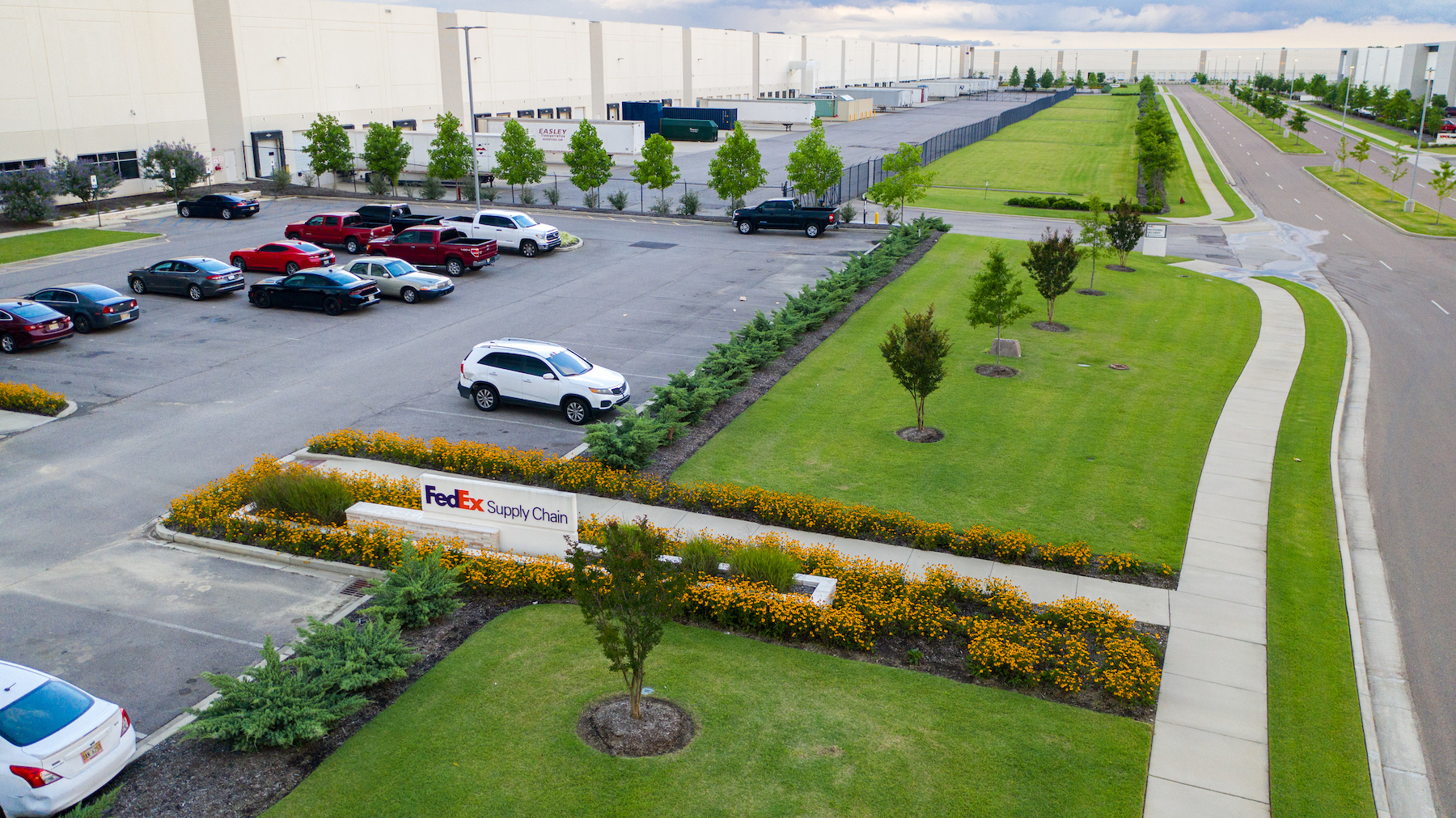 FedEx Warehouse landscaping