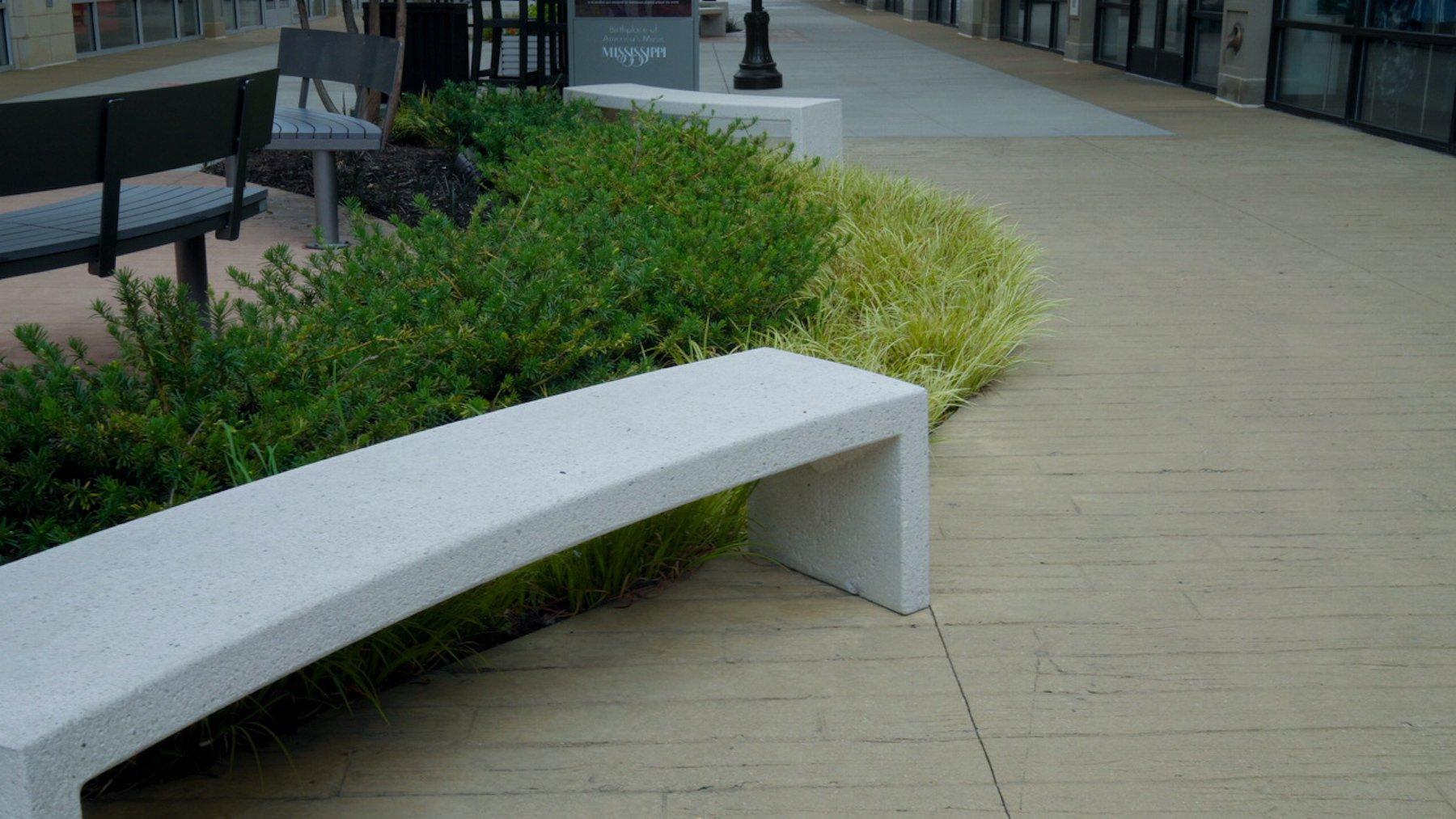Retail shopping center bench design