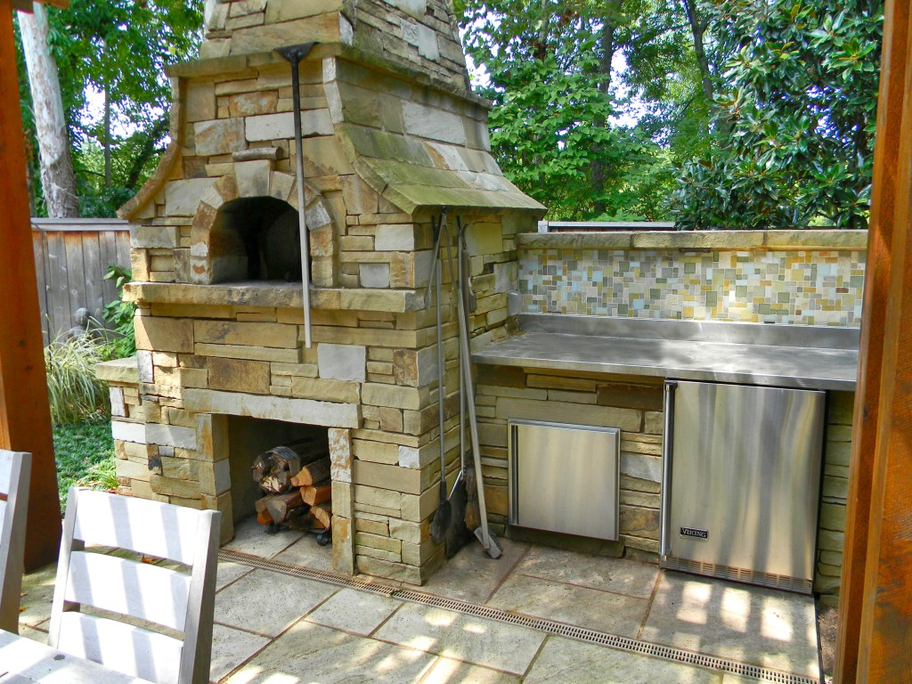 Outdoor Entertainment Area Fireplace