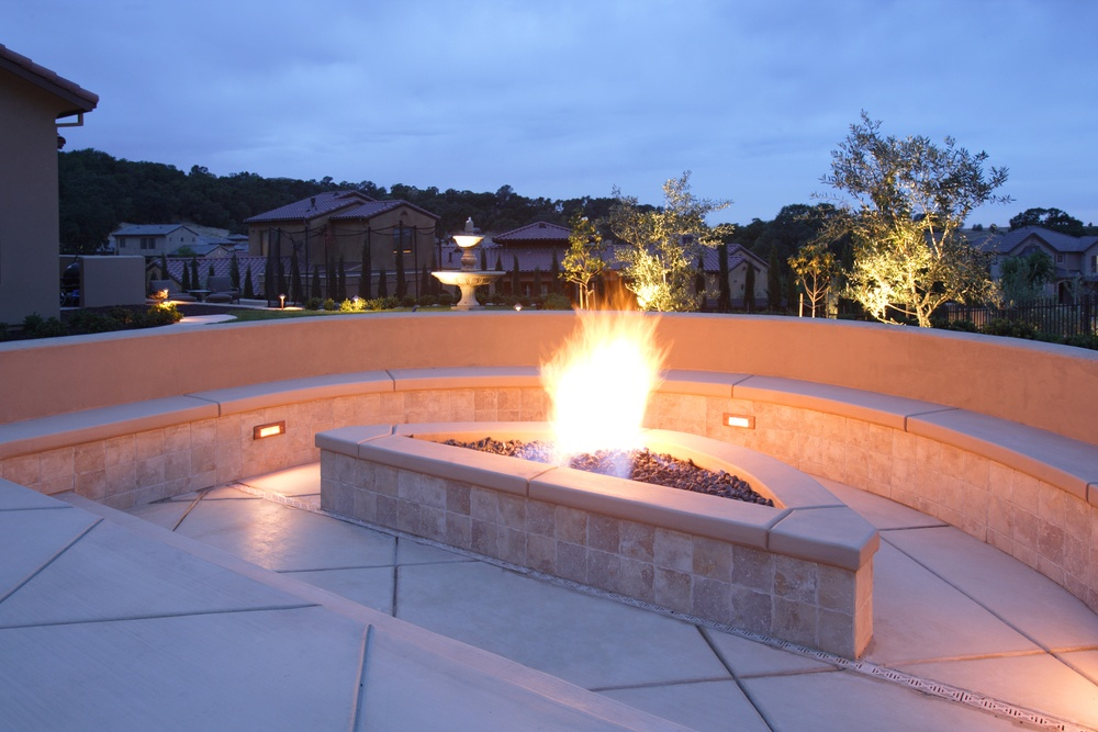 Fire Pits can fit in Narrow Spaces too